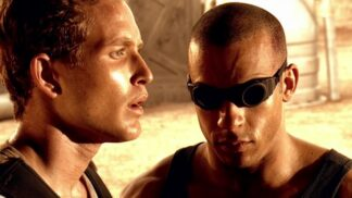 Sci-fi Černočerná tma: Při natáčení se Vin Dieselovi připekly kontaktní čočky k očím a musel do nemocnice