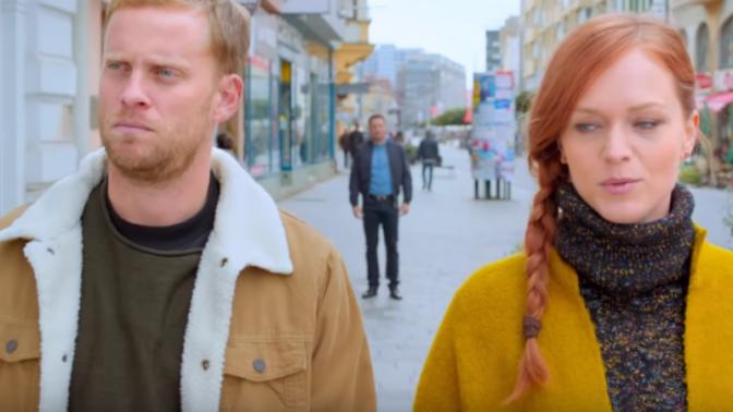 Česká komedie LOVEní: Prachař předvedl příšerný zpěv, Žilková se musela přebarvit na zrzku