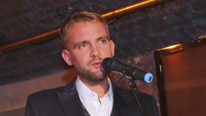 Moderátor Libor Bouček slaví 39. narozeniny: Na jaký balík peněz si měsíčně přijde a pokolikáté se oženil?