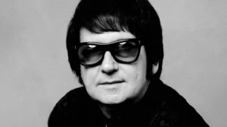 Uplynulo 31 let od smrti zpěváka Roye Orbisona: Zabila ho posedlost dietami, synové mu uhořeli při požáru