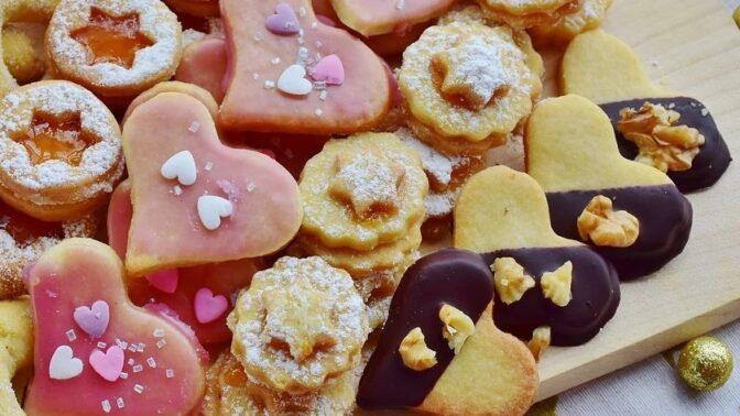 Náplně do vánočního cukroví: Kávový, kakaový, kokosový nebo pudinkový krém, se kterým vytvoříte ty největší dobroty