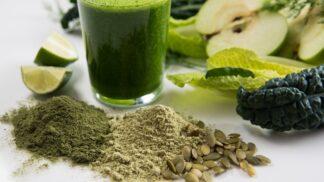 Vyznejte se v zelených superpotravinách: Chlorella zbavuje jedů, spirulina je přírodním elixírem