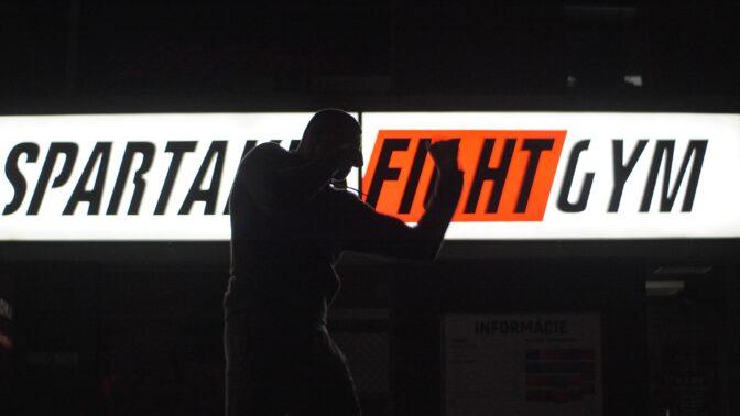 Nový dokument znázorňuje realitu zápasů MMA očima hvězdného českého fightera